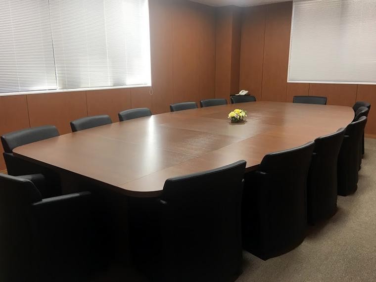 2F 応接会議室